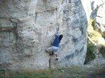 いい岩を見たら登らずにはいられないきにょん