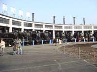 ずらりと並ぶ機関車・圧巻