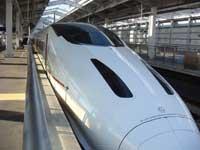 九州新幹線ツバメ 前方のツバメマークがツボ